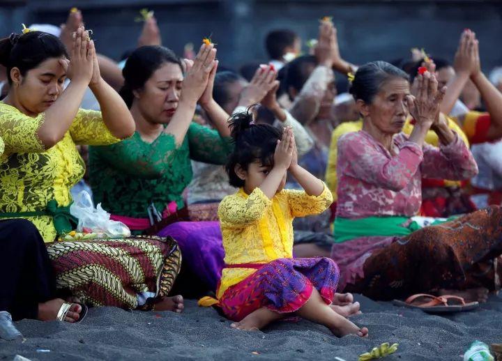 印尼热门旅游地阿贡火山居民撤离 深圳私人调查